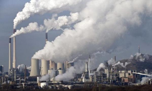 Китай сократит производство стали на время парламентской сессии