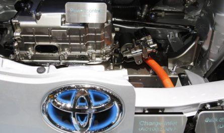 Японские автомобили впервые будут делаться из китайской стали