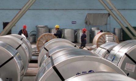 Китайский экспорт стали упал до минимальной отметки за восемь лет, а импорт резко вырос